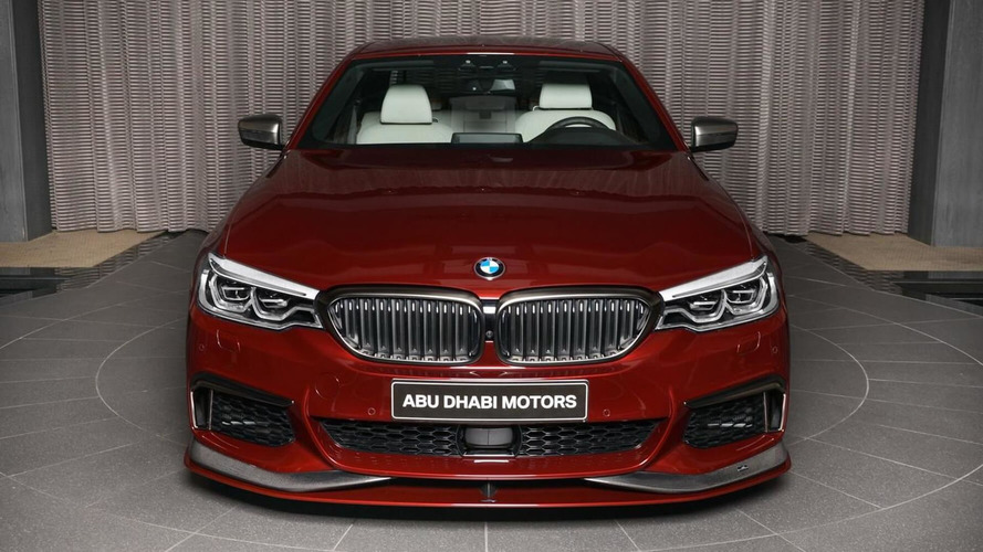 BMW M550i xDrive Aventurine Red