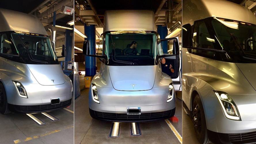 California Highway Patrol Inspects Tesla Semi
