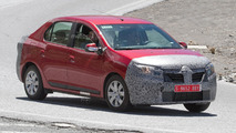 2017 Dacia Logan facelift spy photo