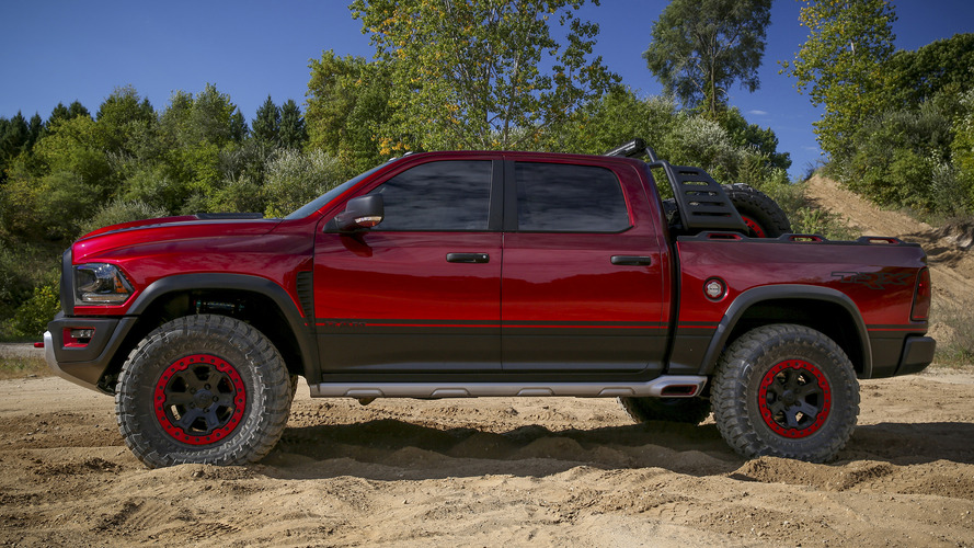 Ram Rebel TRX concept is a 575-hp Raptor fighter