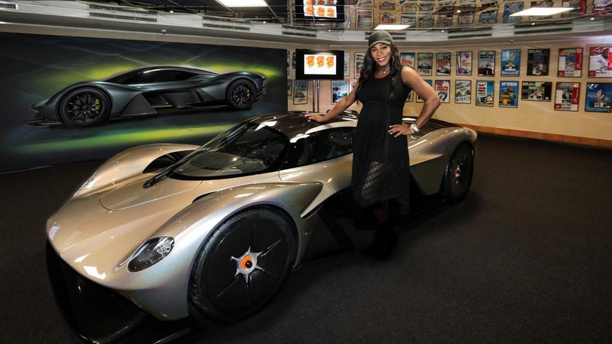 Aston Martin Valkyrie'nin güncel versiyonu görücüye çıktı