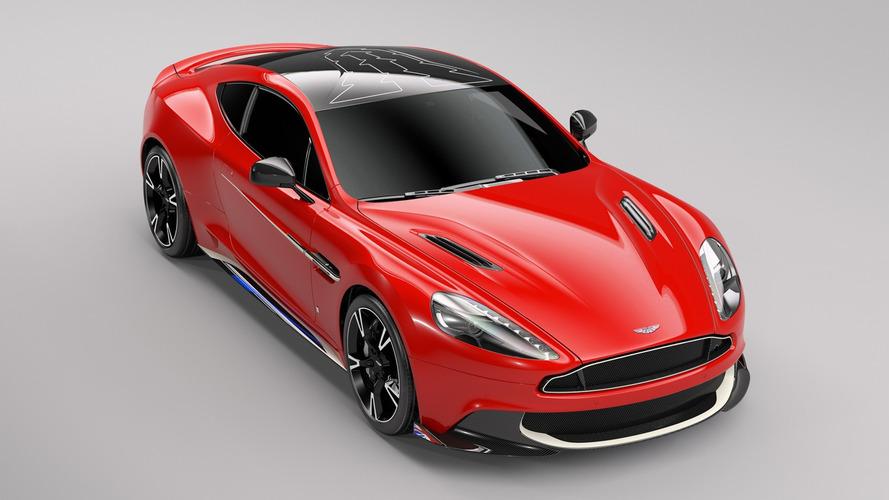 Aston Martin Vanquish S Red Arrows, askere gitmeye hazır