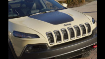 Jeep Cherokee si fa in due per l'Easter Jeep Safari