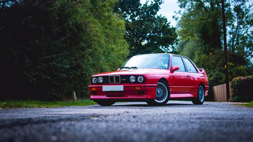Efsanevi BMW Evo ve Mercedes Evo açık arttırma yolunda
