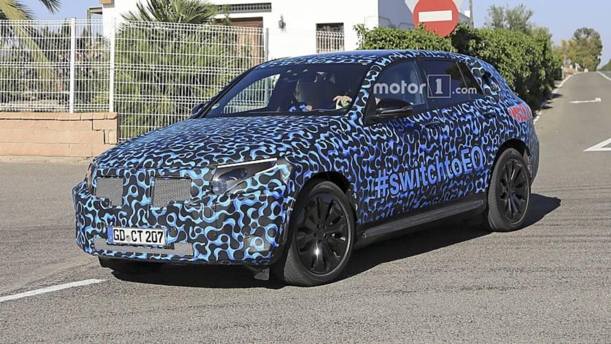 Primeiro SUV elétrico da Mercedes, EQ C de produção será apresentado em setembro