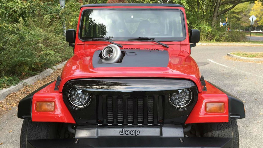 Insolite - un Jeep Wrangler gonflé aux hormones !