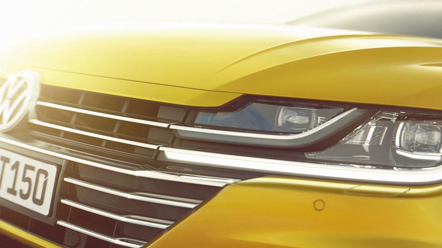 Volkswagen Arteon, Sport Coupe Concept GTE'ye benzer tasarımını gösterdi