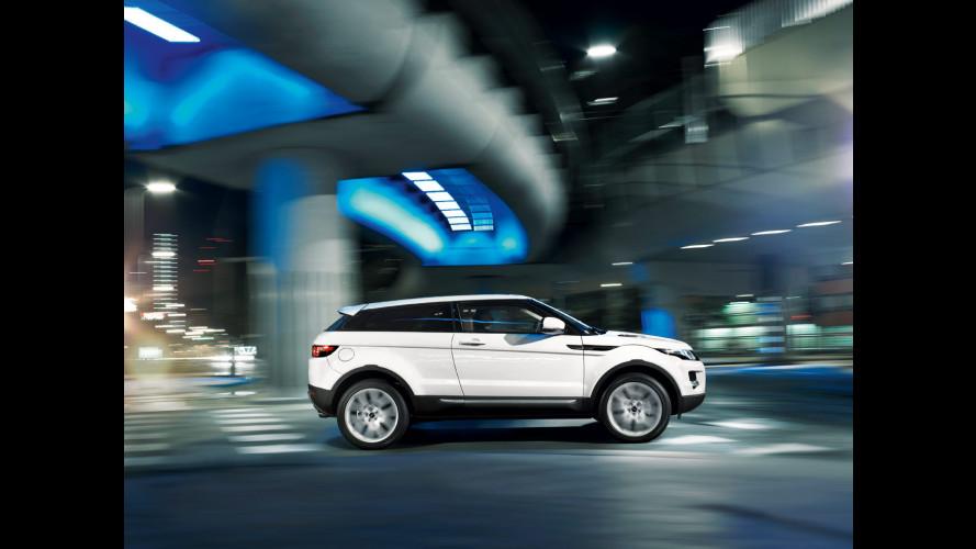 Range Rover Evoque: Live da Parigi