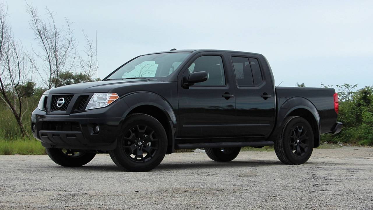2018 Nissan Frontier Midnight Edition Review Lipstick On