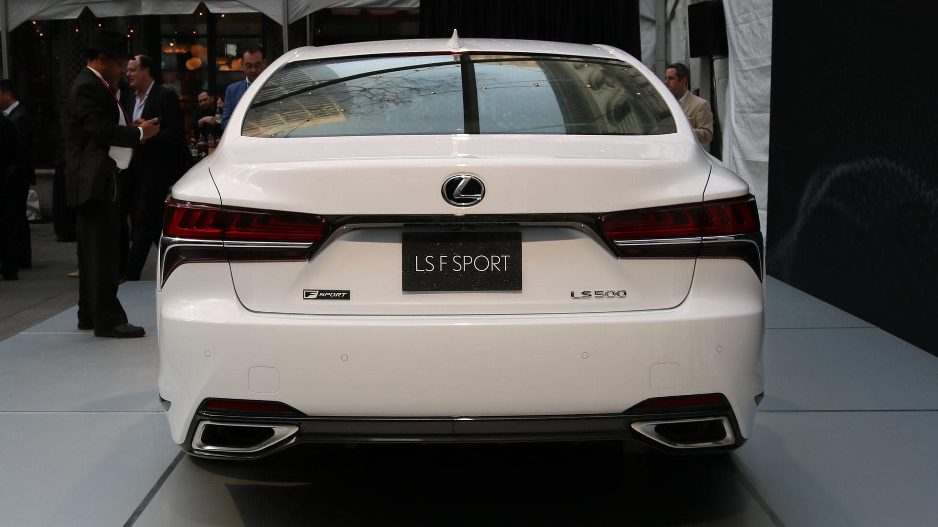https://icdn-0.motor1.com/images/mgl/v2QxQ/s1/2018-lexus-ls-500-f-sport.jpg