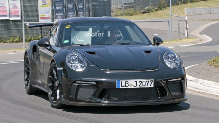 Photos espion - La future Porsche 911 GT3 RS surprise au Nürburgring ?
