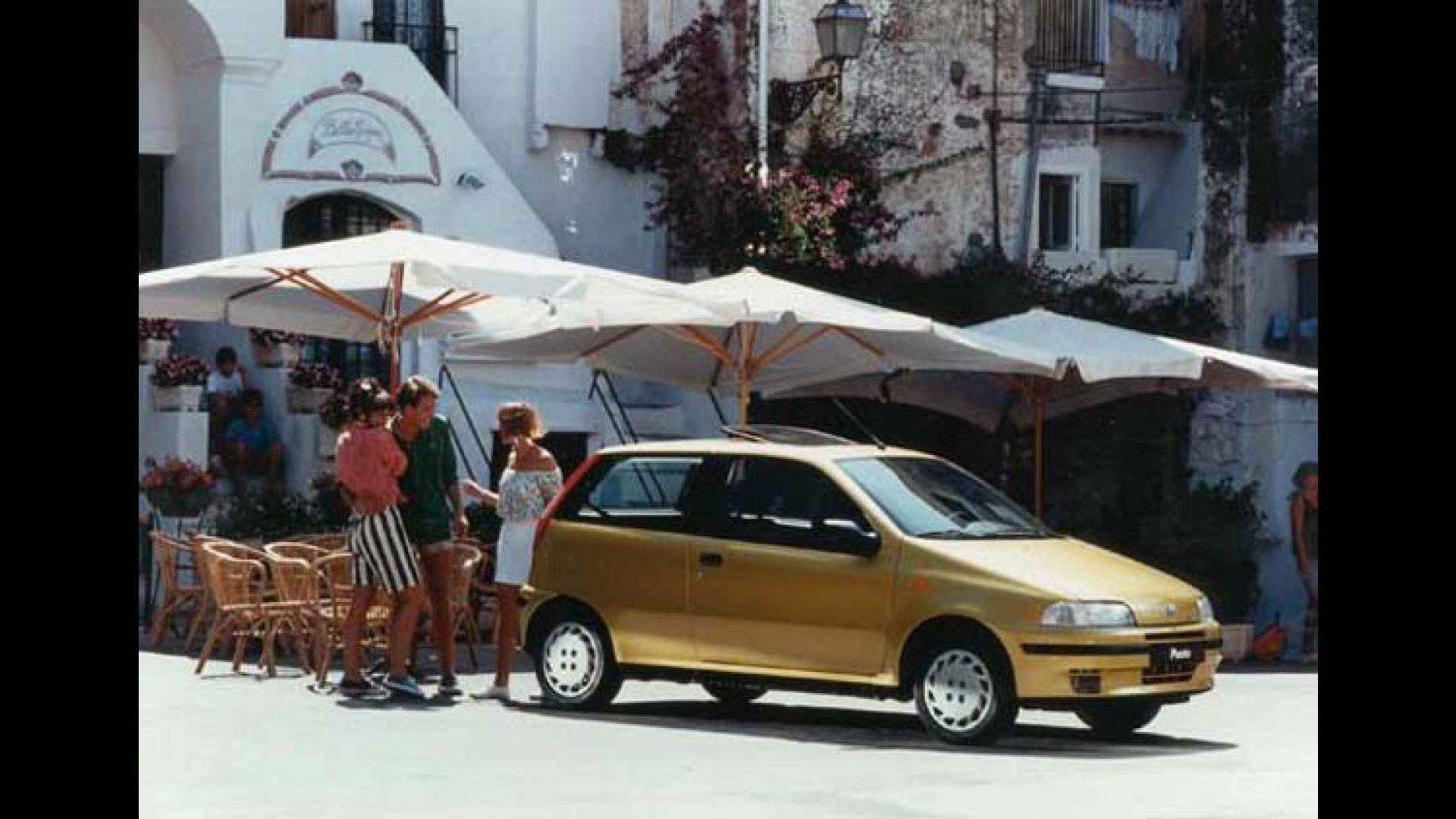 Fiat Punto Prima Serie (1993-1999) on fiat stilo, fiat ritmo, fiat 500 turbo, fiat marea, fiat seicento, fiat linea, fiat coupe, fiat barchetta, fiat multipla, fiat bravo, fiat 500l, fiat cars, fiat cinquecento, fiat 500 abarth, fiat panda, fiat doblo, fiat x1/9, fiat spider,
