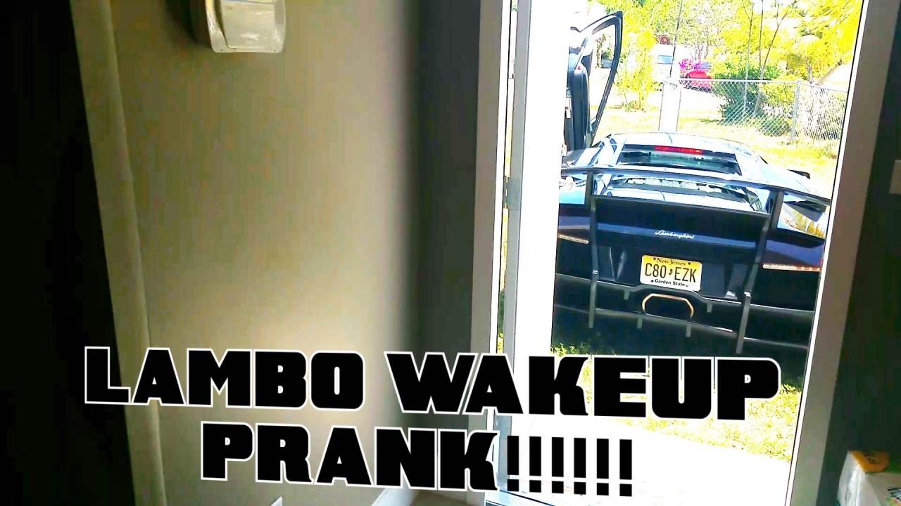 Sabah Uyanmak İçin Saati Değil Lamborghini'yi Kurmak