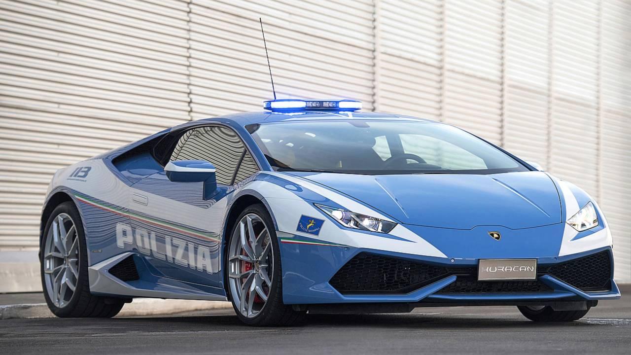 Полицейский автомобиль Lamborghini Huracán
