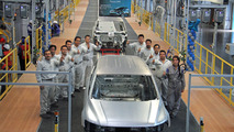 VW completes first Tiguan LWB test body