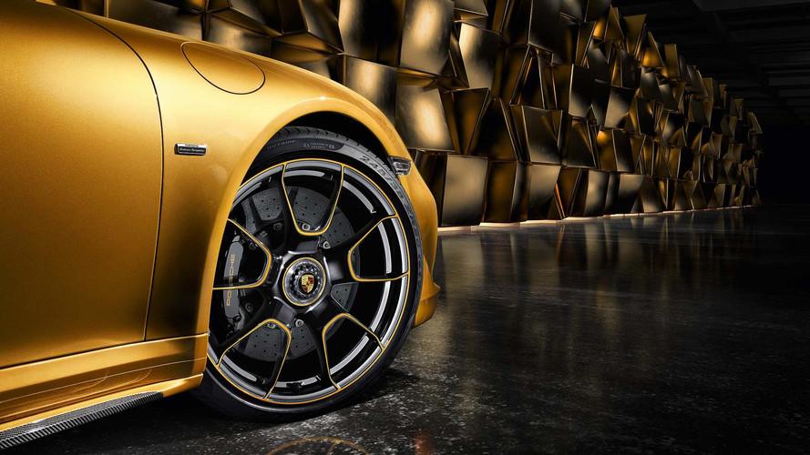 Látványos videó a Porsche 911 Turbo S Exclusive születéséről