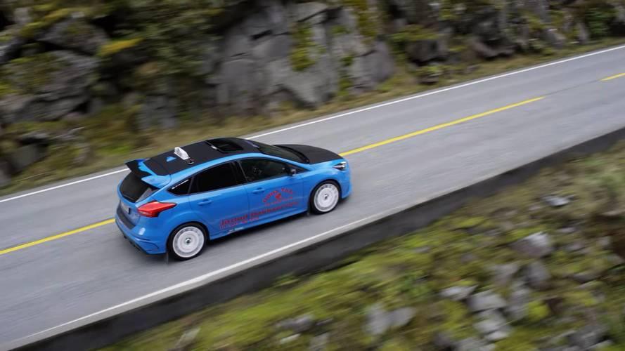 Van, ahol egy Ford Focus RS tölti be a taxi szerepét