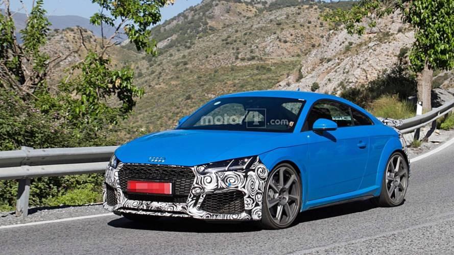 Makyajlı 2019 Audi TT RS kamuflajlı olarak görüntülendi
