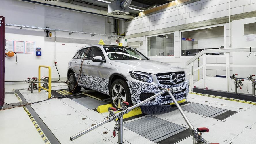 """Elektromos """"csavarral"""" érkezik az üzemanyagcellás Mercedes GLC F-Cell sorozatgyártott változata"""