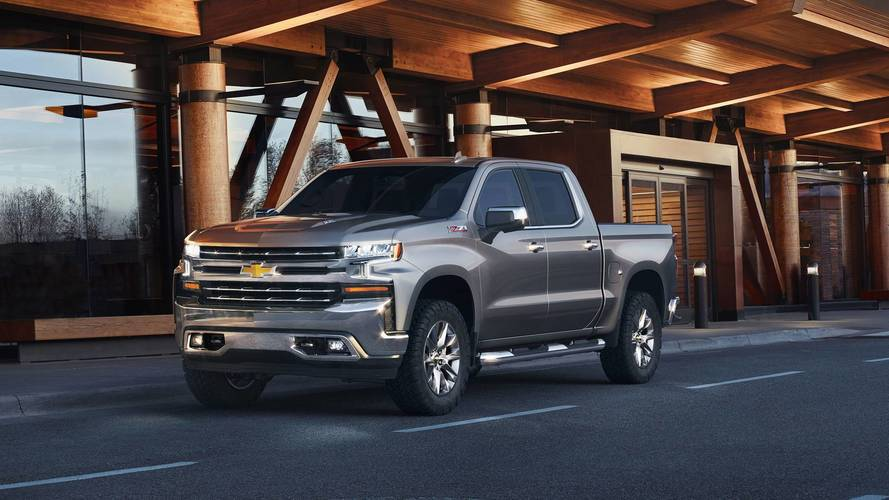 Surprise! 2019 Chevy Silverado Available With 310-HP Turbo Four