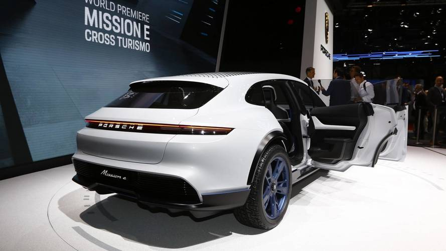 Porsche Mission E Cross Turismo concept at the 2018 Geneva Motor Show