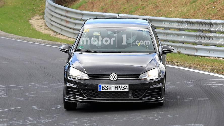 Volkswagen Golf 8 imágenes espía