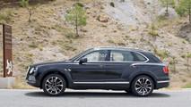 Bentley Bentayga Plug-In Hybrid casus fotoğrafları