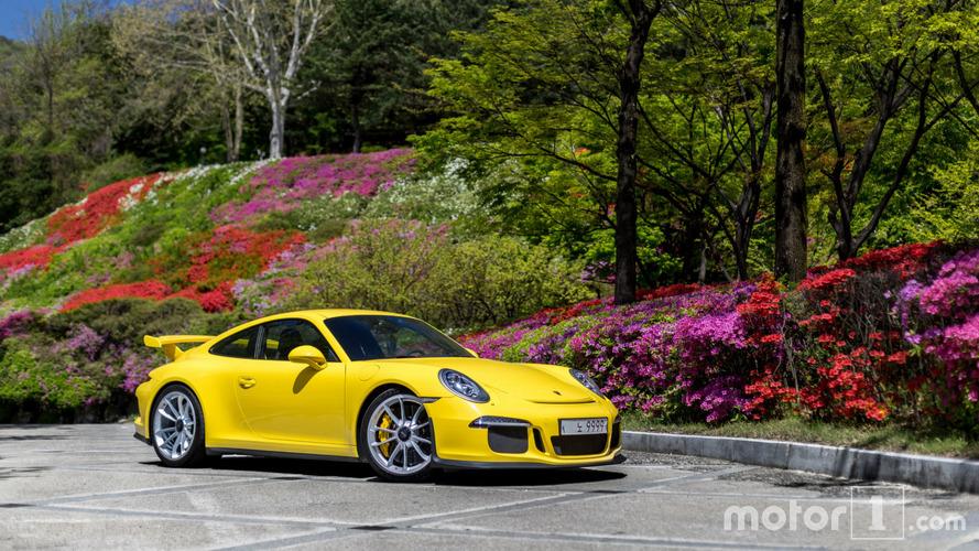 PHOTOS - Shooting d'une Porsche 991 GT3 en Corée