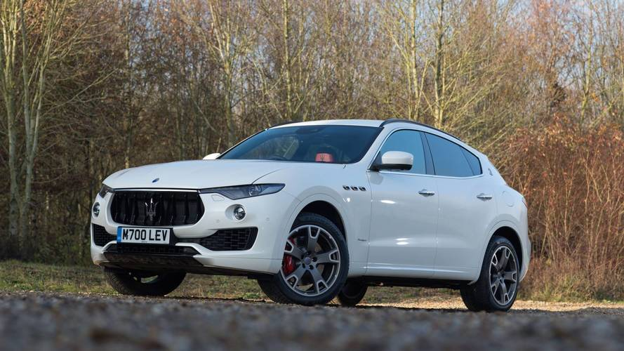 Nem veszik a Maserati Levantét, csökkentik a gyártókapacitást