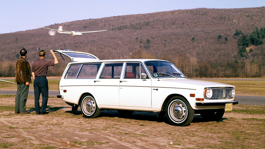 Volvo 140 series celebrates 50th anniversary and 1.25M sales