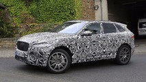 Jaguar F-Pace SVR casus fotoğrafları