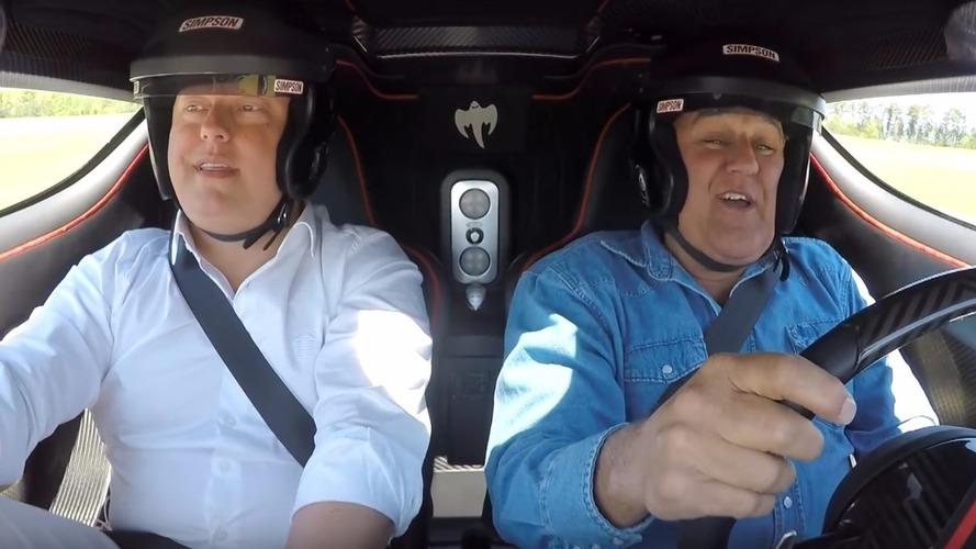 Jay Leno, Koenigsegg One:1 ile bir tur atıyor