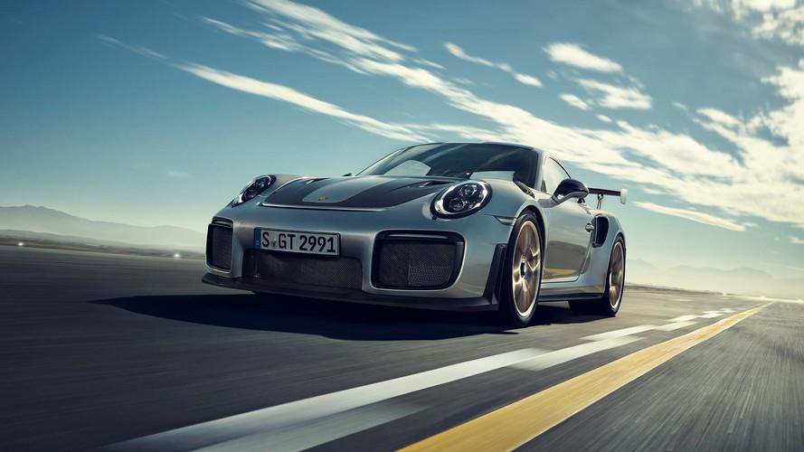 Porsche 911 GT2 RS – Lehullt a lepel minden idők legerősebb 911-es modelljéről