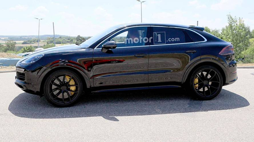 Porsche Cayenne Coupe spied for first time
