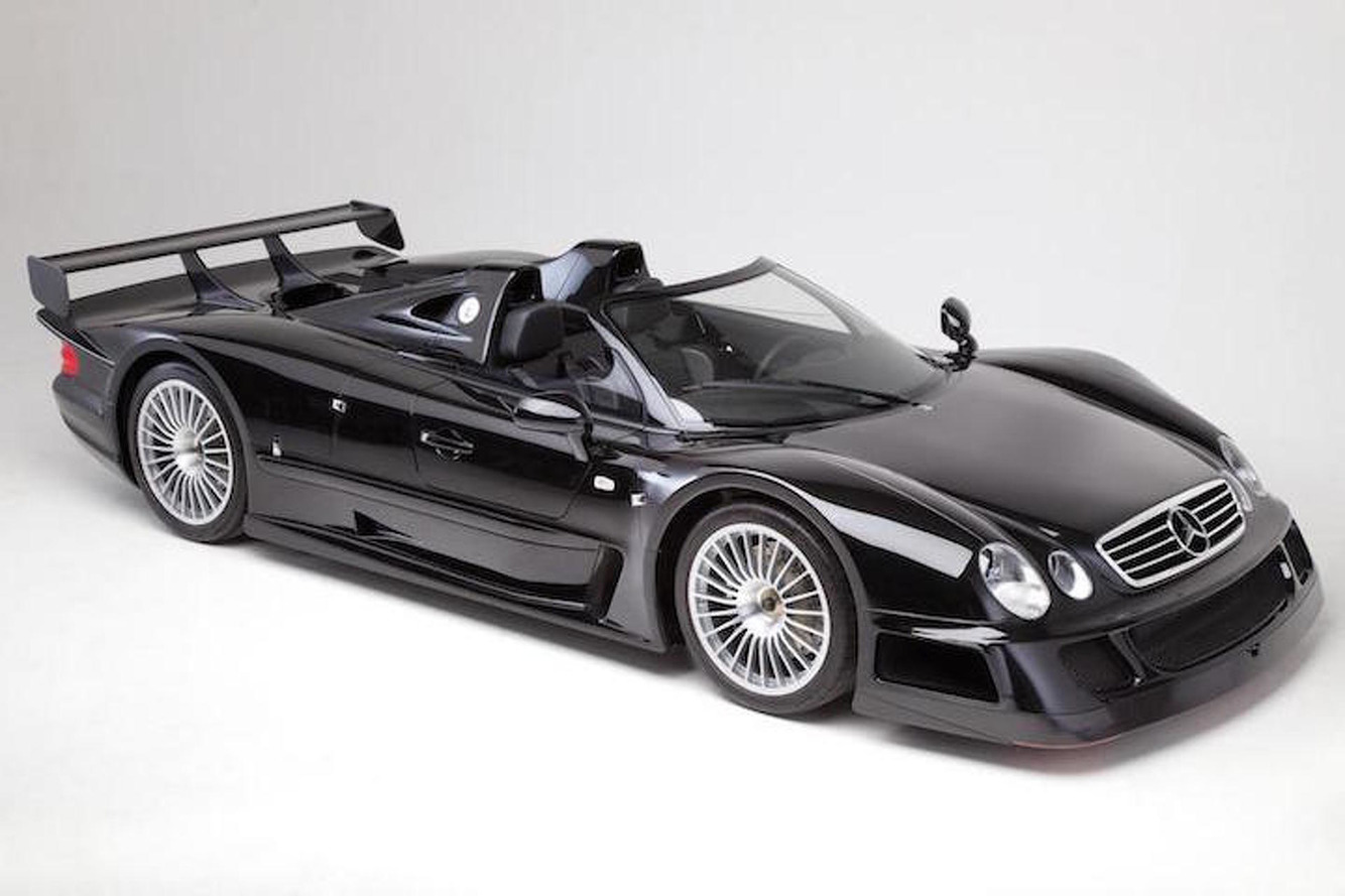 Mercedes CLK GTR Roadster With Just 4 Miles Headed to Auction