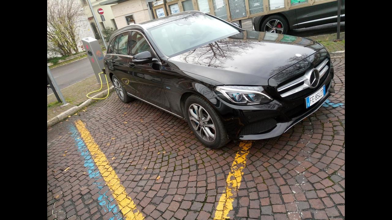 Mercedes C350e Station Wagon, test di consumo reale Roma-Forlì 012