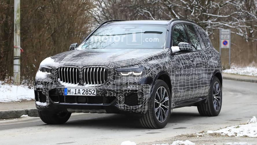 Yeni BMW X5, büyük ızgaralarını saklayamıyor