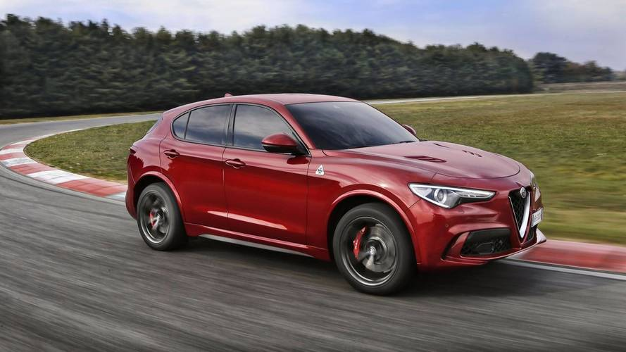 Alfa Stelvio Quadrifogio details uncovered