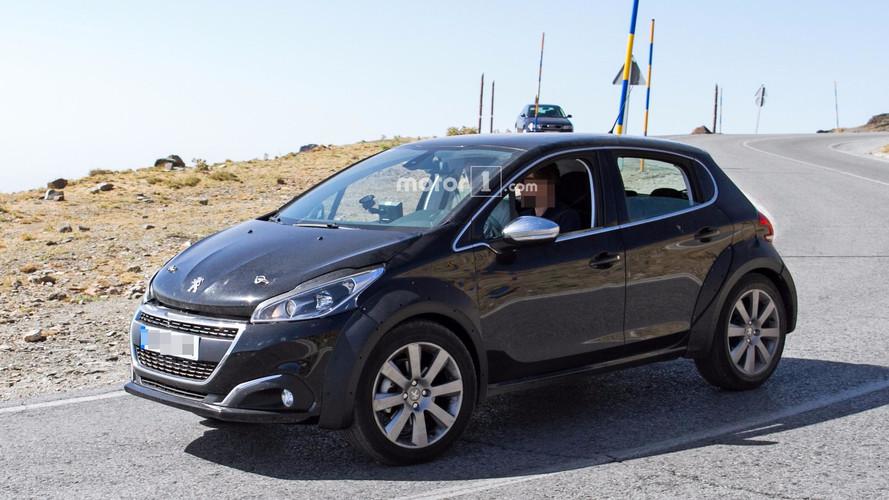 ¿Nuevo Peugeot 208 o SUV 1008? He ahí la cuestión...