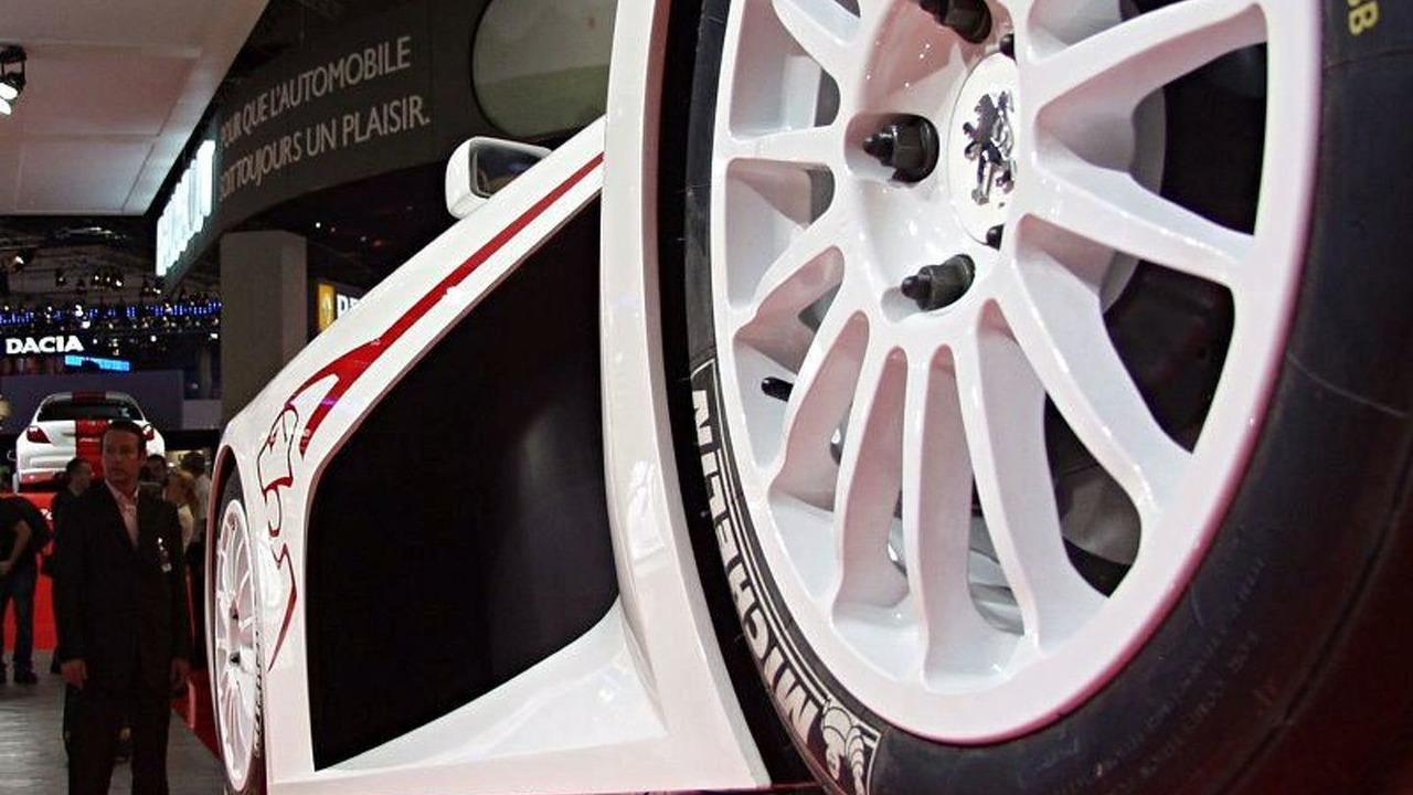 Peugeot Spider 207 Concept at Paris Motor Show
