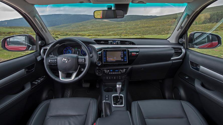 Toyota Hilux Invincible 2018